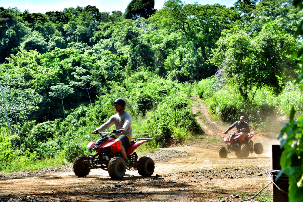 atv quad tour caribbean adventures roatan tours. Black Bedroom Furniture Sets. Home Design Ideas