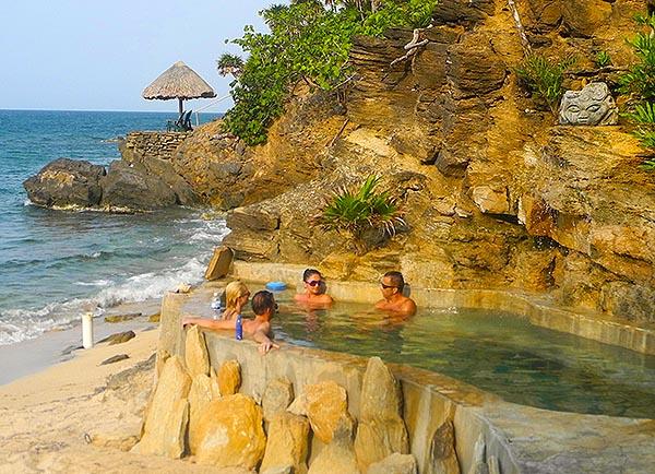 Paya Bay Beach Roatan